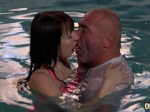 Old And Young Start Kissing In The Pool And Finish With A Great Fuck