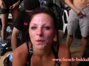 ぶっかけ,顔射,フランス人のポルノ,乱交,異人種間セックス