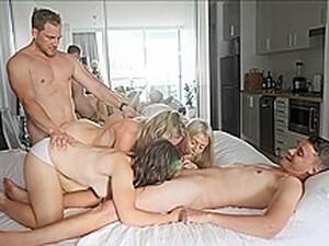 Bisexuel,Brunette,Double pénétration,Partouze,Vue subjective