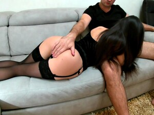Escort Teen For Daddy.little Slut Knows How To Give Pleasure For Money - Squir7een