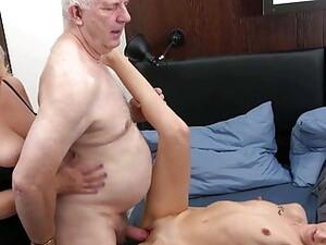 Dreier,Großvater,Gruppensex,Reifen,Alt und Jung
