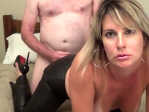 Sexy Milf Fuck In Leather Pants