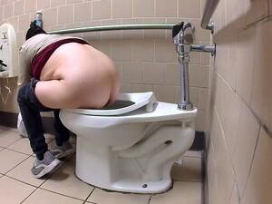 厕所,偷窥癖者