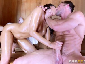 Horny Isis Love Gladly Bounces On The Stiff Dick In The Sauna