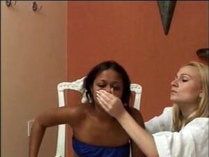 Finger Gagging Brazilians