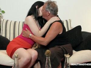 Lovely Brunette Sheril Blossom Blows Older Man In 69 Position