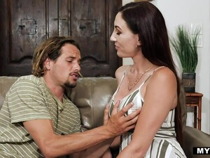 Sexy Tall And Busty Brunette Artemisia Love Turns Man On To Be Fucked