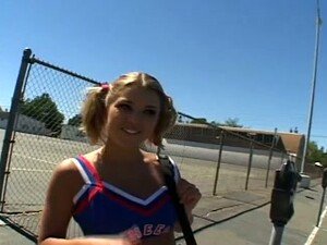 Picking Up This College Cheerleader Babe Was As Easy As One Two Three