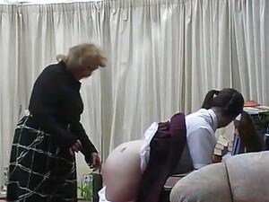 Бабуля,Порка