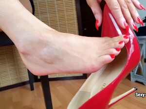 Sexy-Lena - Do You Want To Suck My Toes