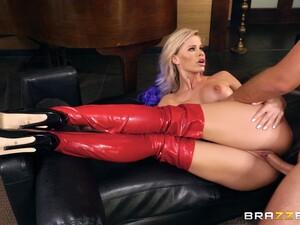 Slutty Babe In Leather Boots Jessa Rhodes Gets Cum On Her Face