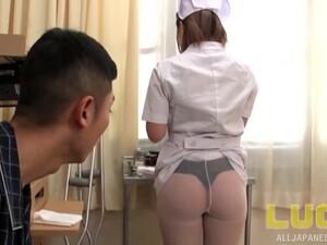 亚洲色情,护士,尼龙,连裤袜,制服
