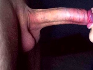 AMAZING CLOSE UP BLOWJOB PULSATING CUM IN MOUTH