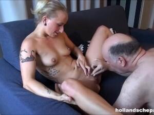 Rambut pirang,Menunggangi kontol,Porno Belanda,Mencium,Lelaki tua