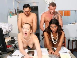 Corridas en la boca,Cuarteto,Porno Latino,Oficina,Orgía