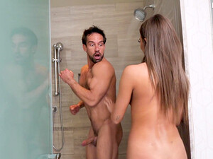 Jade Reign Shocks A Guy In The Shower, Resulting In The Best Fuck Ever