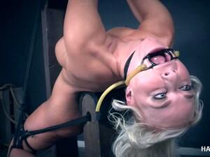 BDSM,Blond,Bondage,Fétichisme,MILF