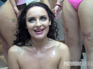 Sperma pe fata,Sloboz pe fata,Sex in grup