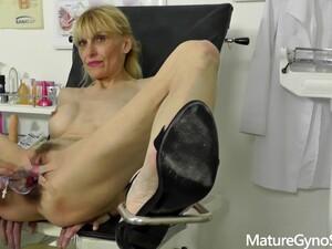 Mature Valeria Gyno Exam Amateur Porn