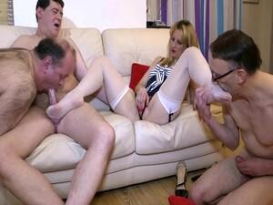 外行,双性恋,脚,法国色情,熟女