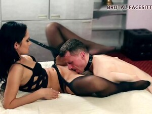Angie Moon Is Enjoying While Dominating A Guy She Likes And Then Getting Her Pussy Licked