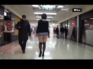 暴露狂,超短裙