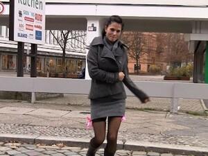 Gagica,Sloboz in gura,Nemţesc,In public,Tarfe