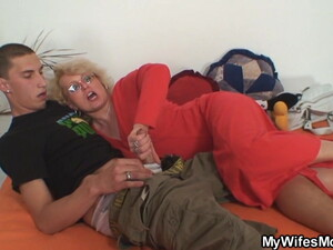 She Finds Him Fucking Mom Inlaw