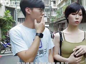Chinesischer Porno,Natürlich,Rasieren,Tätowierung,Zug