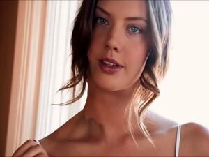 Elena Koshka Exquisite & Sensual Deepthroat Pleasure
