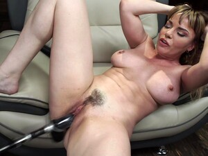 Sex Toys And Long Fingers Can Please The Sexual Desires Of Dana Dearmond
