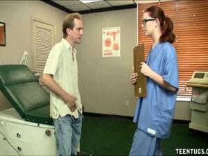 Asistente medicale,Uniforma