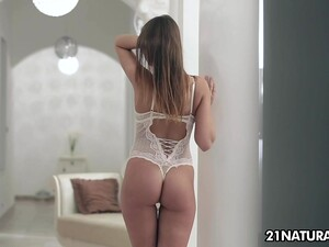 Charming Girlfriend Is Playing With Big Cock After Steamy Pussy Pounding