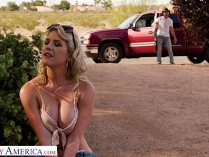Hot Blooded Cowboy Bang Juicy Pussy Of Seductive Hitchhiker Kit Mercer