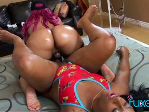 These Lesbians Love Strap On Sex And They Create Perfect Sexual Chemistry