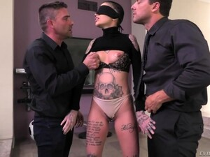 Tattooed Bitch Leigh Raven Is Fucked Hard By Nomar Ramon And His Fellow