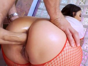 What A Beautiful Busty Babe Sucks A Big Cock And Gets Fucked Anally?