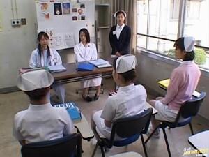 Милашка,Дрочка,Японское порно,Медсестры,Реальное