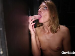 Glory Hole In Madison Keyes - Second Visit To 16 Loads) - 14.11.1