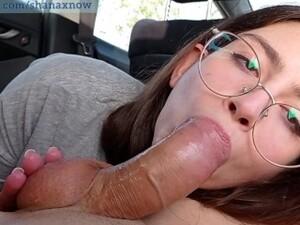 TEEN 18yo WASHING CAR PERFECT ASS FUCK PUBLIC OUTDOOR. SHANAXNOW
