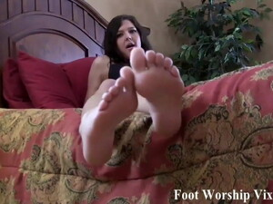 Look How Sweet And Sexy My Feet Are