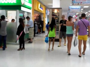 Tender Teen Gets Persuaded In The Mall To Have Some Naughty Fun With An American Big-sized Cock