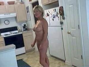 Домохозяйка,Зрелые,Жена