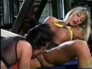 Muscle Lesbian Workout