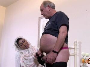 Gadis Arab,Tubuh gemuk,Fetish,MILF,Stoking