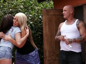Mega Busty Blonde Alura Jenson Caught Her Boyfriend Fucking Nextdoor Chick By The Poolside