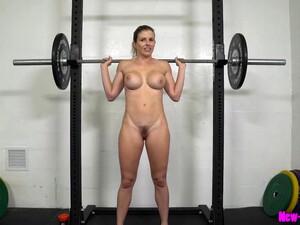 大奶头,熟妇,妈妈,肌肉,一个人