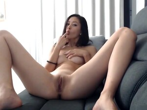 Breathtaking Babe - Tease To Pleasure