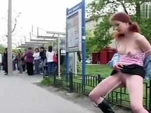 In pubblico