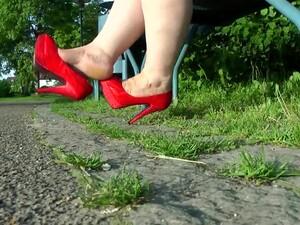 كعب عالي,حذاء
